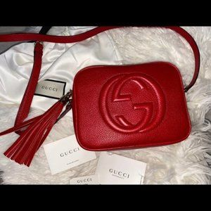 NWT ✨Gucci✨ GG Soho Leather Disco Red bag